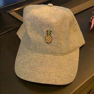 Pineapple hat adjustable.